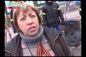 Нина Прудниуова Мирные протестующие в немецких касках в Киеве