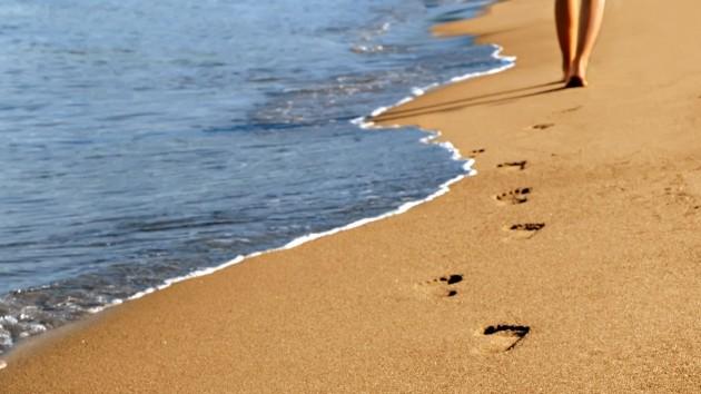 шаги на песке